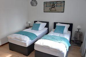 Chambre 04 - 2 lits simples de 100×200 cm